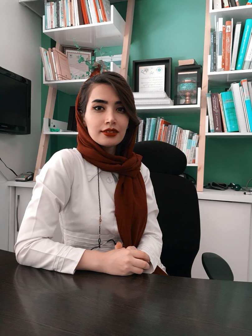 فیزیوتراپیست حوریه فارسی